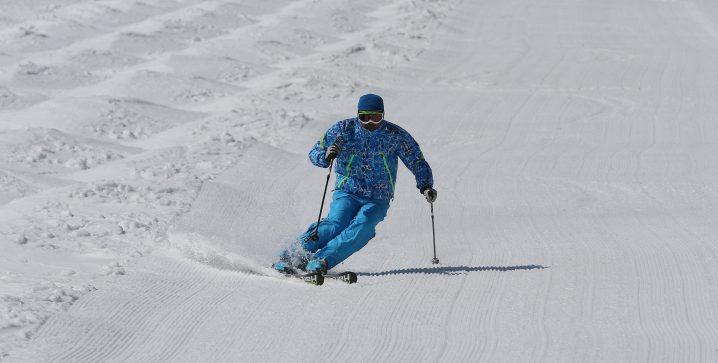 p_ski-est